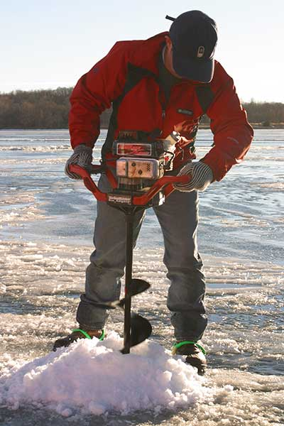 ice-auger-eddys-resort